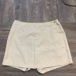 🌻3.20 Northern Reflections skirt with shorts